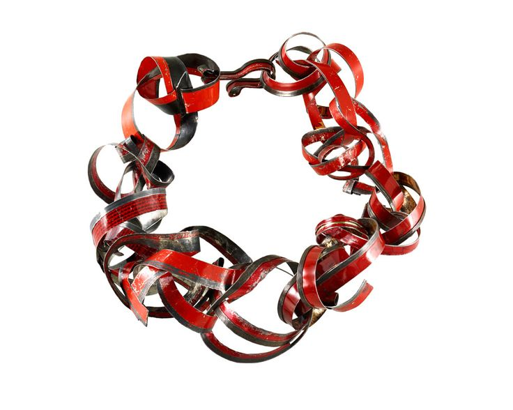 Monica Cecchi Necklace: Legami di sangue, 2015 Recycled tin ø 20 cm