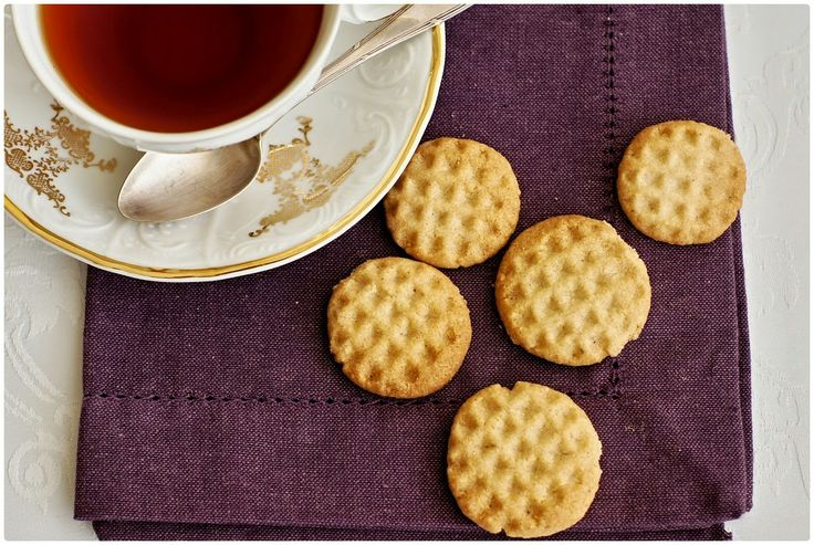 Pradobroty: Křehké mandlové sušenky