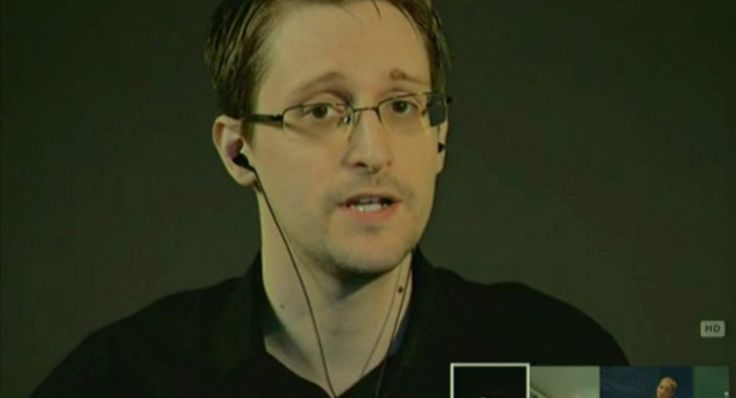 Edward Snowden tweets cryptic code: Was it a dead man's switch? - After posting a 64 character hex code that is believed to be an encryption key, the internet worries that the famed whistleblower may have been killed or captured resulting in the triggering of a dead man's switch and potentially the release of...