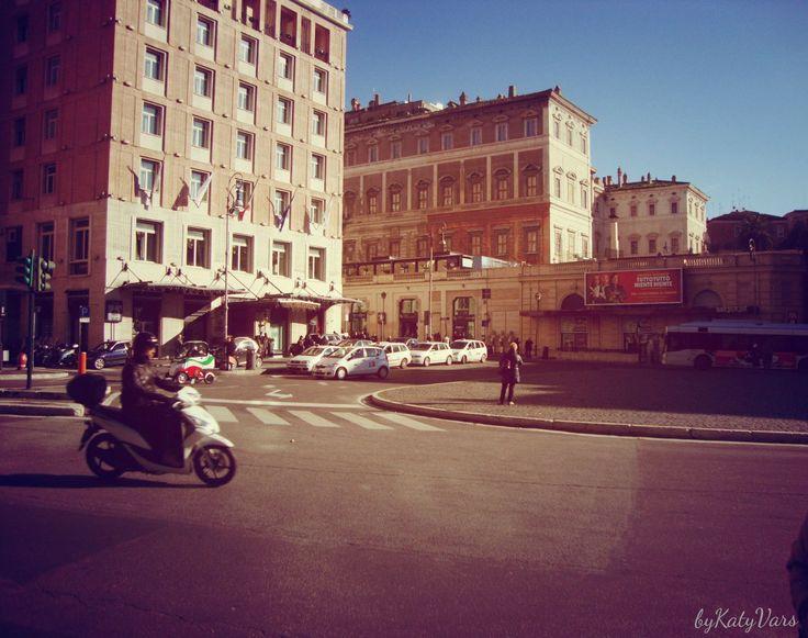 Title:# street# road#  City:Roma