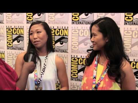 Geeking Out: SDCC Steven Universe Interview w/Deedee Magno Hall (Pearl) & Michaela Dietz (Amethyst) - YouTube