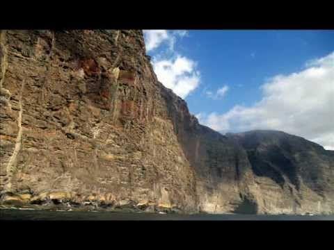 Fotos de: Islas Canarias - Tenerife - Los Gigantes - Santiago del Teide
