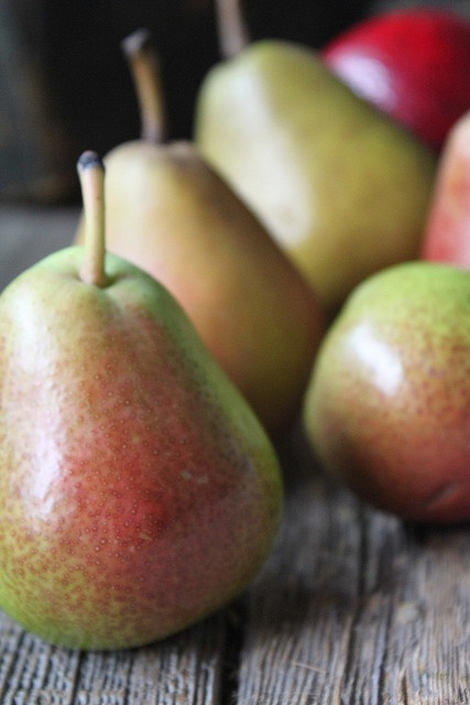 **Pears** A fruit that you can find in Ukraine are pears. One serving of this is one pear.