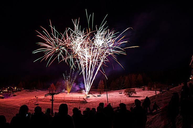 Feu d'artifice en front de neige de Vallandry. Photo : Igor Lamy