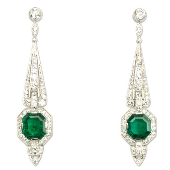 Tiffany Art Deco Emerald and Diamond Earrings  circa 1930. An important pair of Art Deco diamond pendant earrings of tapered design set with octagonal emeralds, in platinum. Emeralds, 6.50 cts. Diamonds atw, 4.10 cts.