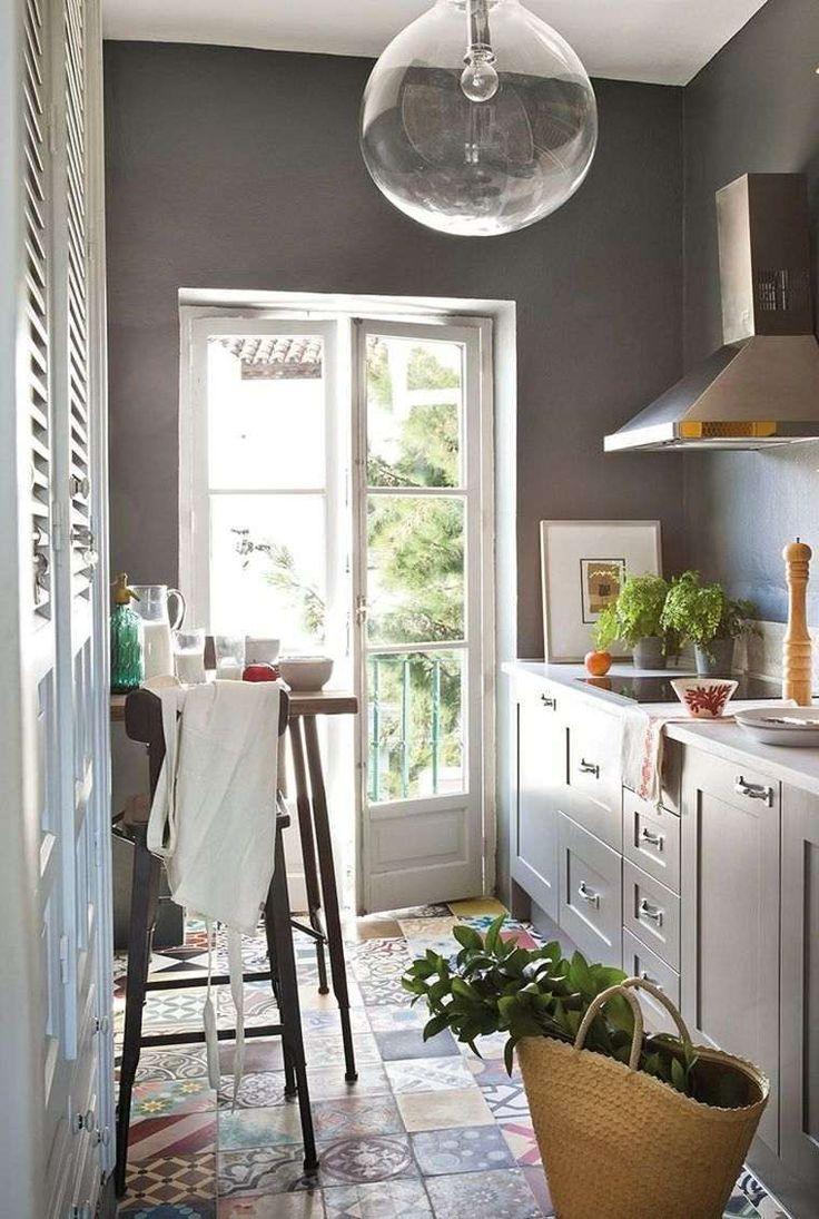 Come arredare una cucina lunga - Cucina accogliente