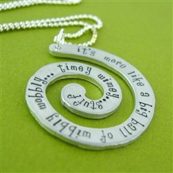 Love the Doctor Who Jewelry. This an awesome website.