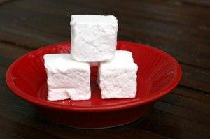 homemade marshmallows3 web m&t