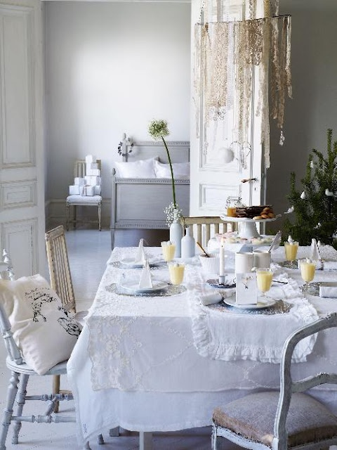 Cute With Layered Table Cloths · Dining Room ... Part 51