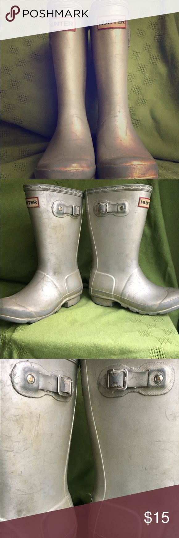 ☔️☔️HUNTER kids rubber rain boots. Wellies! ☔️☔️ Kid's hunter rain boots SILVER size 13  Well loved with significant cosmetic wear, but zero leaks.  From a smoke and pet free home Hunter Shoes Rain & Snow Boots
