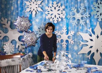 106 best school winter decorations images on pinterest for Winter dance decorations
