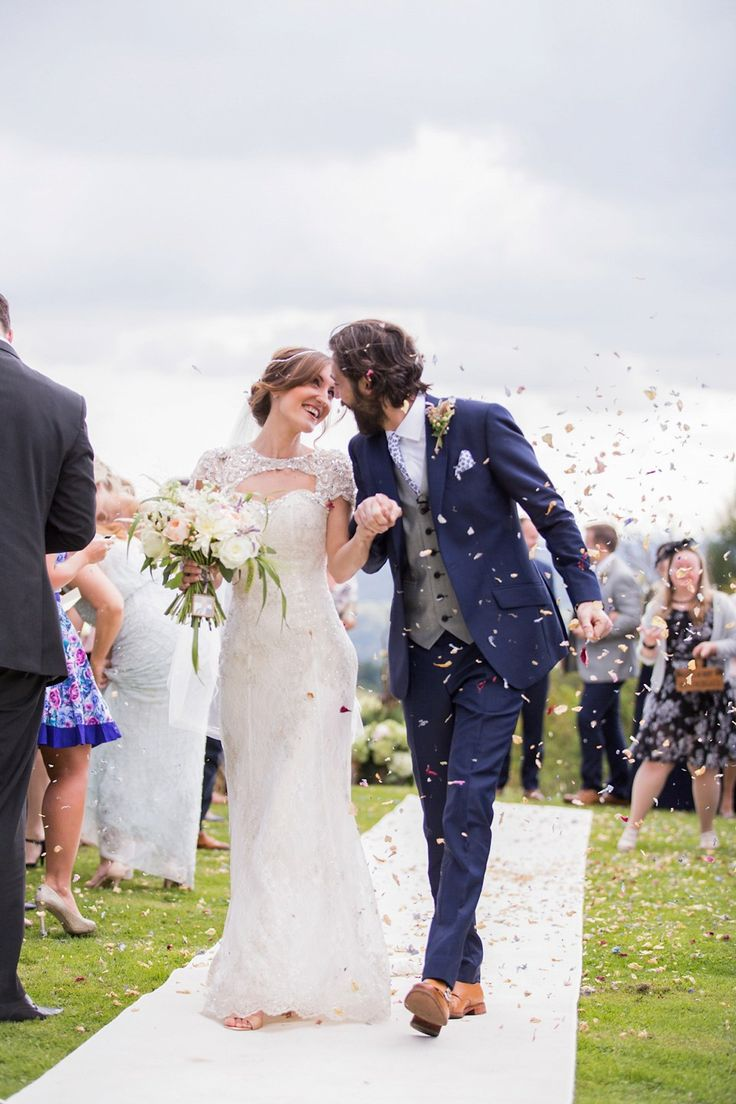 Laura wears a Maggie Sottero gown for her outdoor wedding at Natural Retreats at Richmond in the Yorkshire Dales. Photography by Lee Scullion.