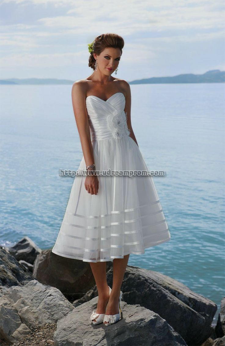 40 best Wedding dresses images on Pinterest | Pretty dresses, Ball ...