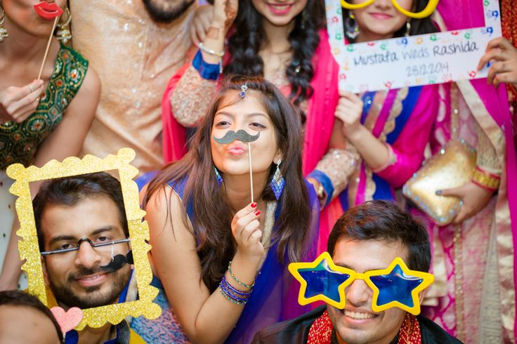5 Reasons Why Indian Couples Must Have A Photo Booth At Their Wedding - BollywoodShaadis.com