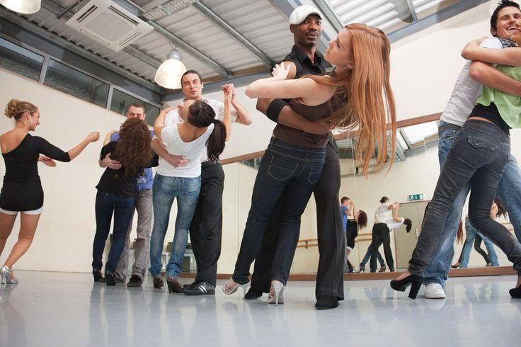 Sesc Carmo oferece aulas gratuitas de Danças Latinas
