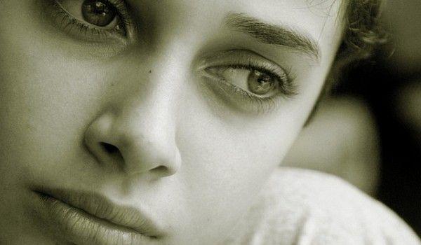 Cum să previi depresia în mod natural - www.degenfeminin.ro