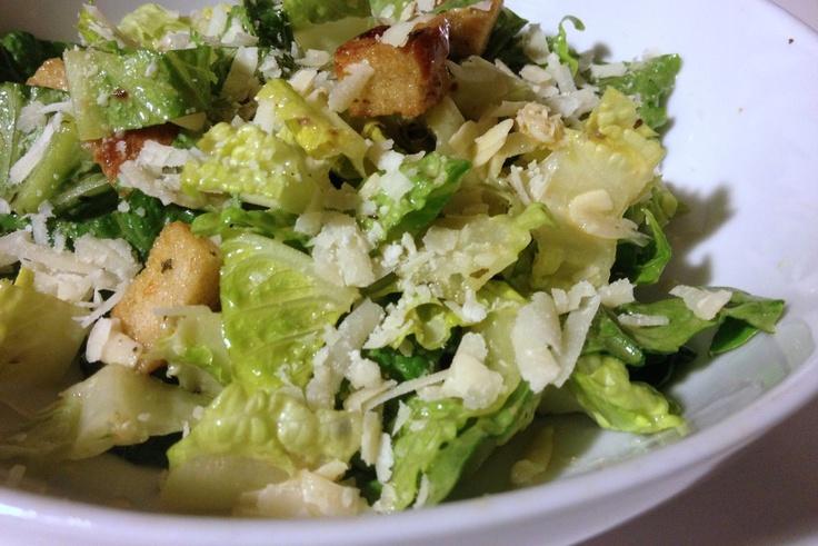 Ensalada Caesar: Cocina Ensaladas, Cuaresma Recipes, Rica Ensalada, Recipe, April, In Some, Creada, Caesar Salads, Ensalada Caesar