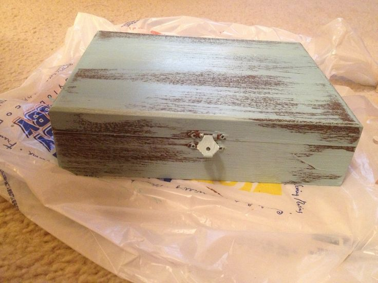 Distressing wooden cigar box with acrylic paint!