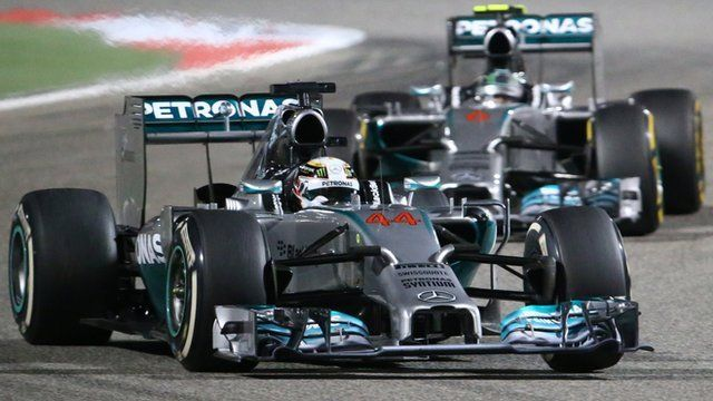 R3: Lewis Hamilton beat Mercedes team-mate Nico Rosberg in a thrillingly close battle at the Bahrain Grand Prix. With the pair in a league of their own, the battle became a 10-lap sprint after a late safety car period wiped out Hamilton's 10-second advantage.