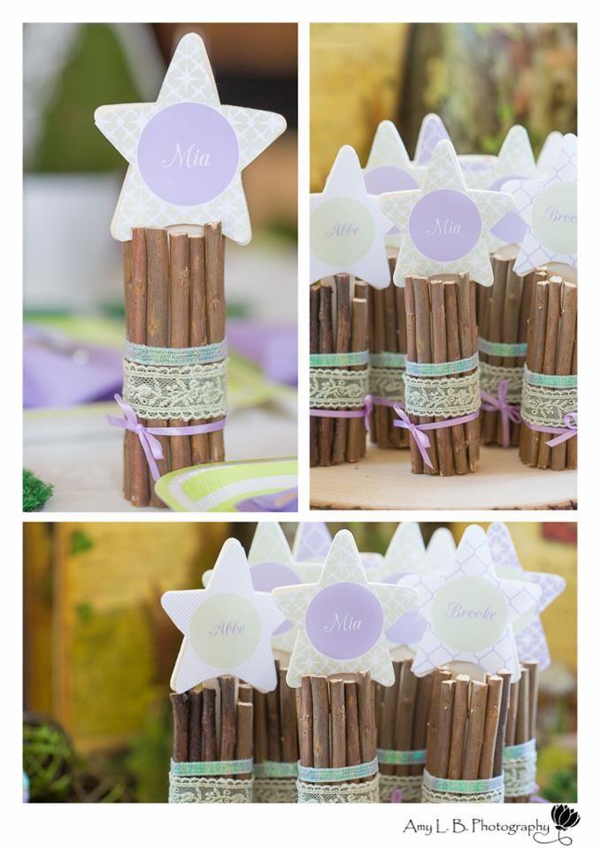 Festa fadas: varinhas mágicas feitas de gravetos e fitas. Lindo!