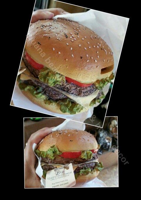 """Hamburger"" money box.... #looksgoodenoughtoeat $18 @ #iguana_beachwear"