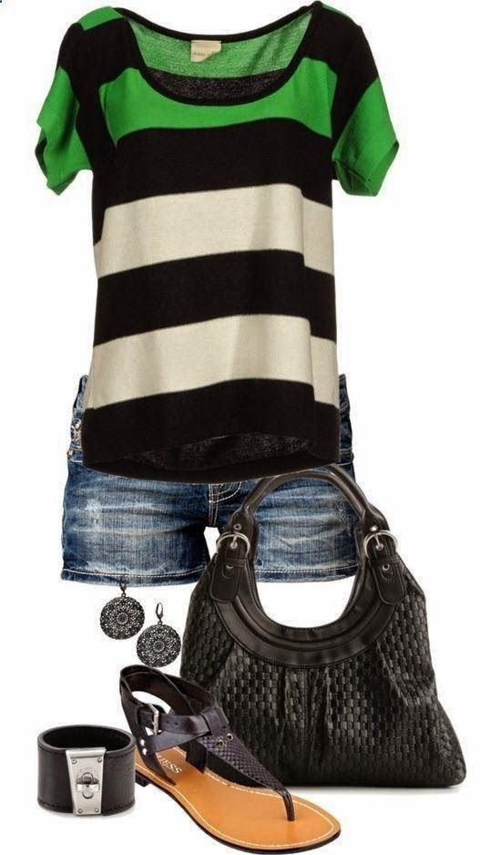 Stylish Summer Outfit With Shorts And Flates