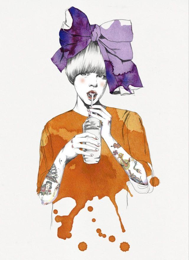 L'artiste Esra Roise est une illustratrice norvégienne basée à Oslo qui dessine et peint des portraits de belles jeunes femmes sophistiquées. À l'aide d'aquarelles et de crayons, elle les habille de tenues créatives et stylisées avec des effets de textures et des variances de couleurs très visuelles.