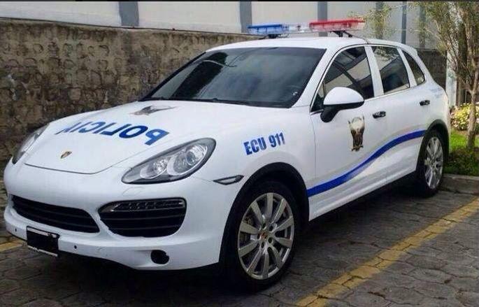 Porsche Police Car Ecuador Police Cars Pinterest