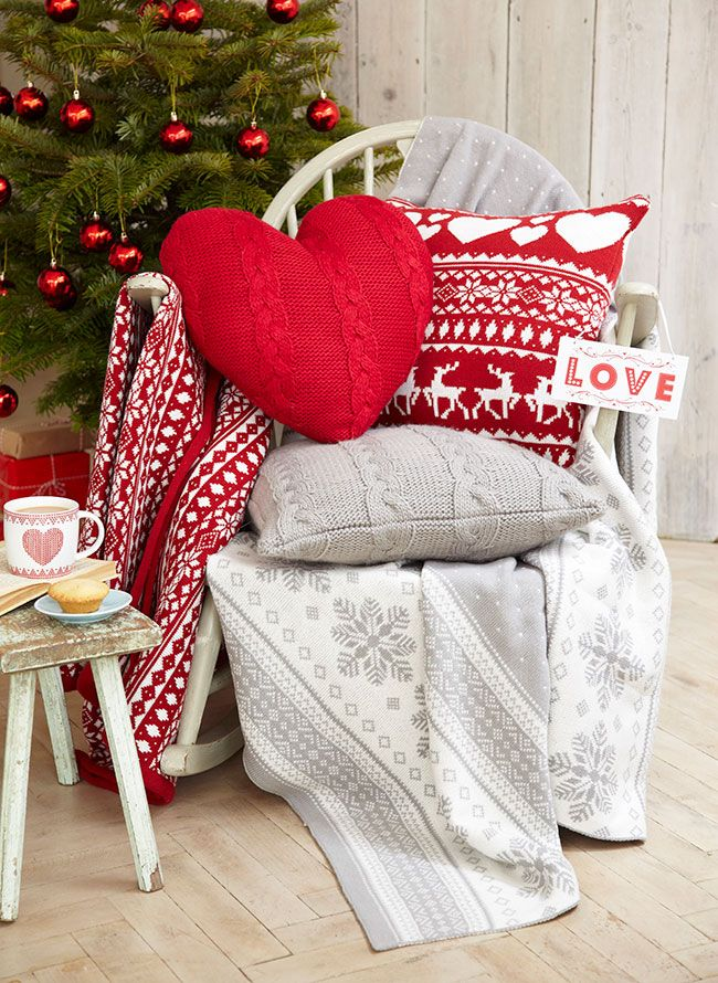 Scandinavian cushions and blankets