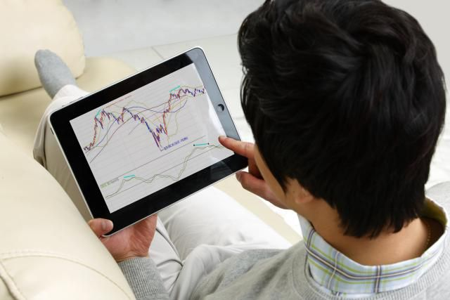 Finding the best S&P 500 Index funds can be easy if you know what to look for. Here are a few of the top S&P 500 Index funds and why we recommend them.