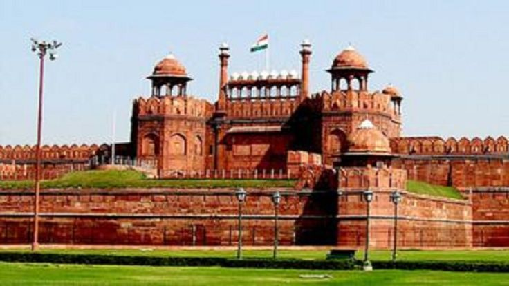 Splendid Tour to Golden Triangle Delhi - Agra - Jaipur arean exuberant tourist destination with its breathtaking placesin North India.