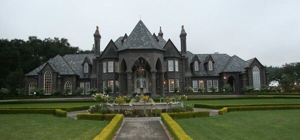 Gothic mansion mansions pinterest house and exterior for Castle style homes