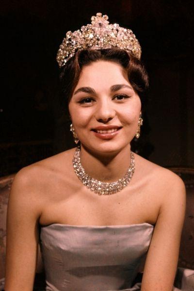 Farah Diba Last Empress Of Iran with the Noor-ul-Ain Diamond Tiara - a Massive 60 carat pink diamond center piece
