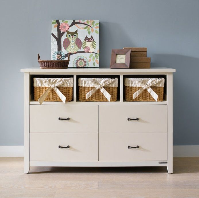 Ivan Wide Chest with 4 Drawers and 3 Brown Baskets