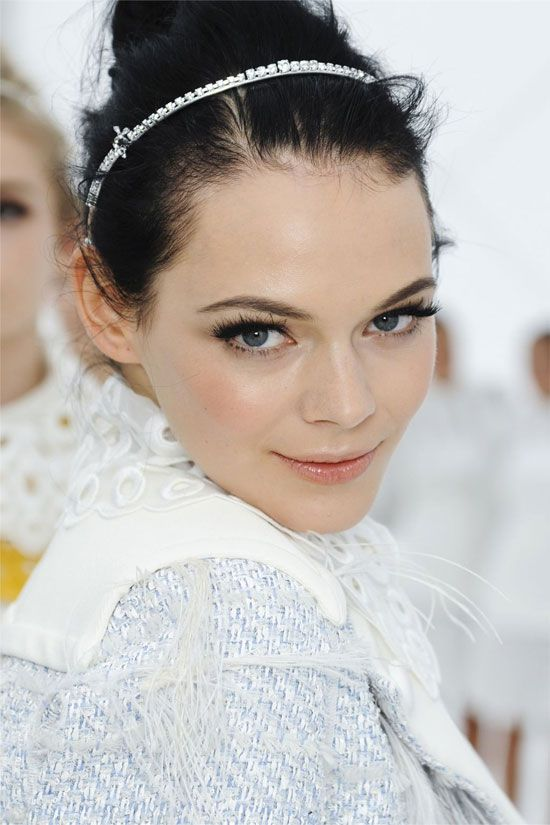 More Louis Vuitton Spring 2012, love the dewy skin, heavy lash and glossy lip.