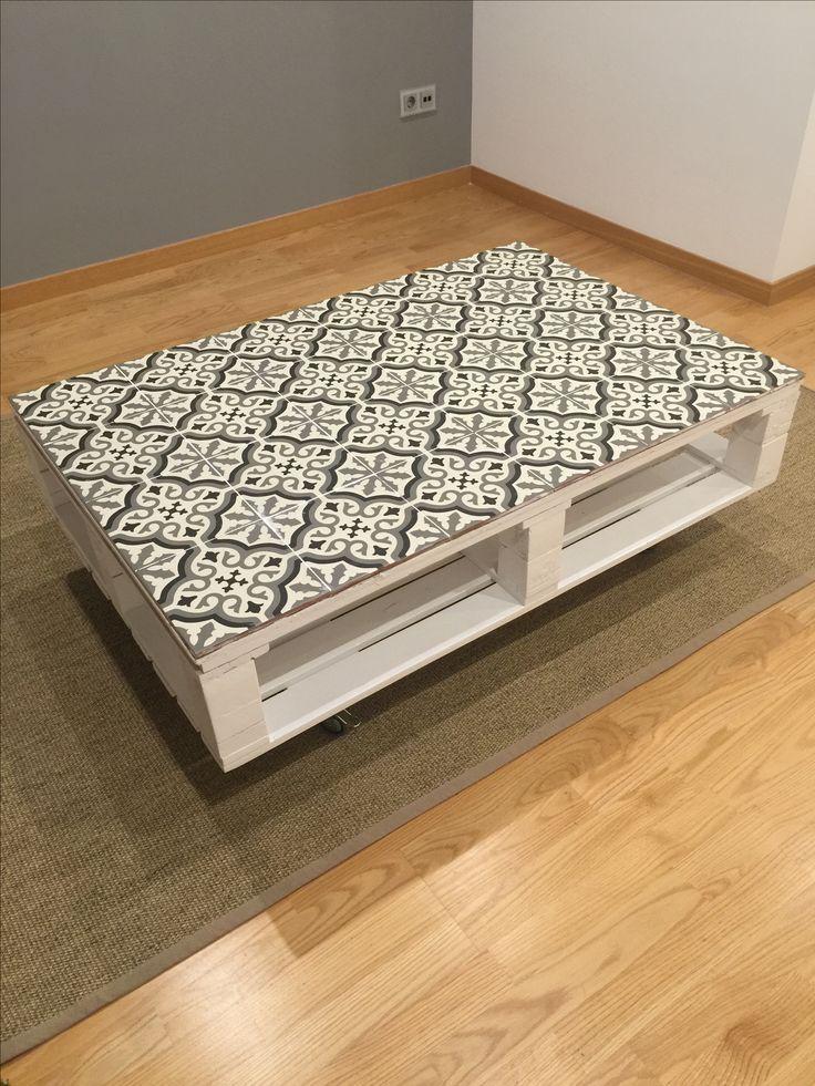 Mesa con palets y baldosa hidraulica #handmade
