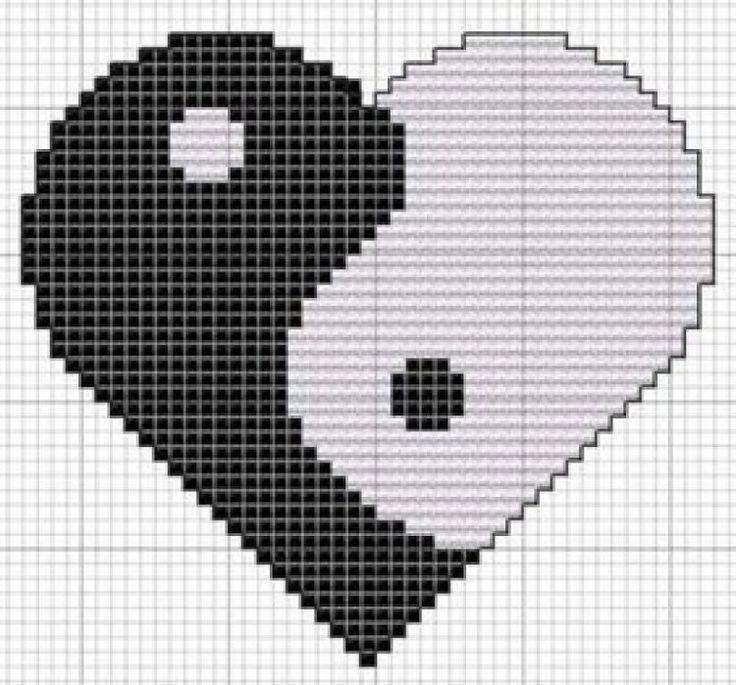 Kalp Desenli Kanaviçe Örnekleri (25)