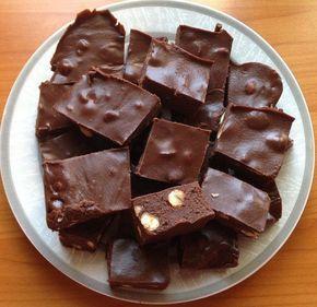 Piros mogyorós csokoládé házilag! Nekem régen ez volt a kedvencem!