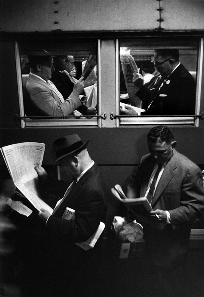 Louis Stettner: Commuters, evening train, 1958