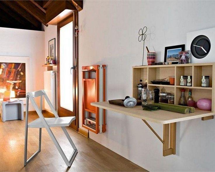 table murale rabattable avec espace de rangement en bois massif clair