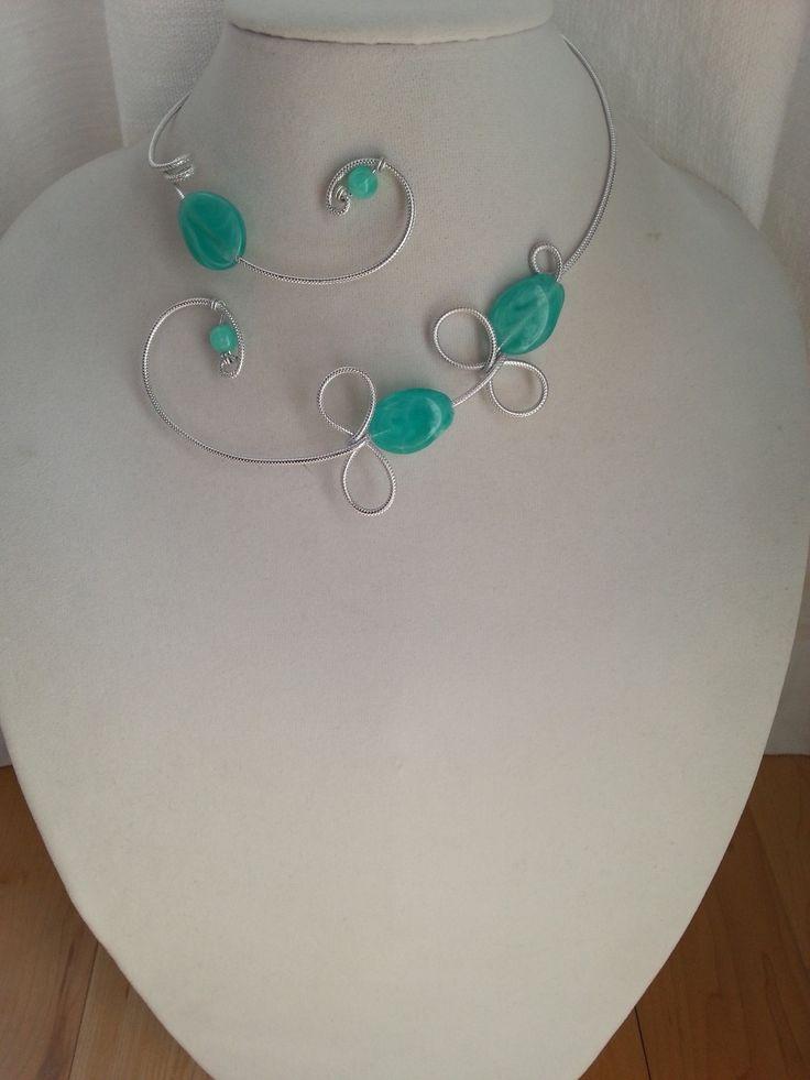 """""""Ensemble de bijoux aqua"""", """"Collier en fil d'aluminium"""", """"Collier ouvert aqua"""" : Parure par bijouxlibellule"""