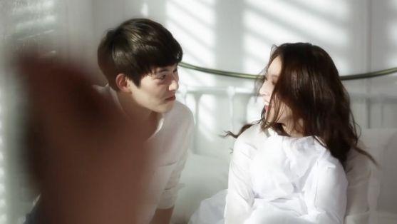 깜짝 공개! <우결> 종현♡승연, 화보촬영 속 '농염美 발산' 이미지-4