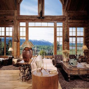 Rustic Cabin Log Home in the mountains