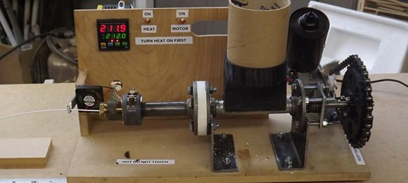 Plastic extruder for 3 d printing