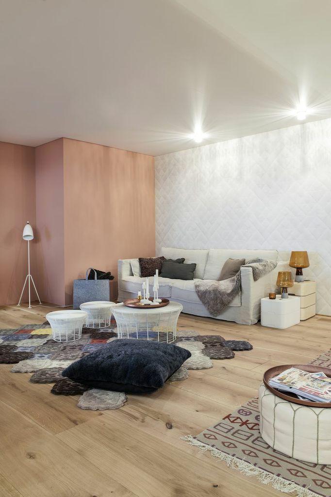 Parquet: Bolefloor Oak Rustic,  Wallpaper: Elitis Pleats Sofa: Sits Cloud
