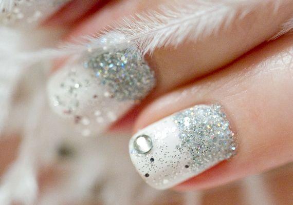 A+fehér+alapszín+télen,+ezüst+csillámokkal+pedig+úgy+variálhatod,+ahogyan+csak+tetszik.