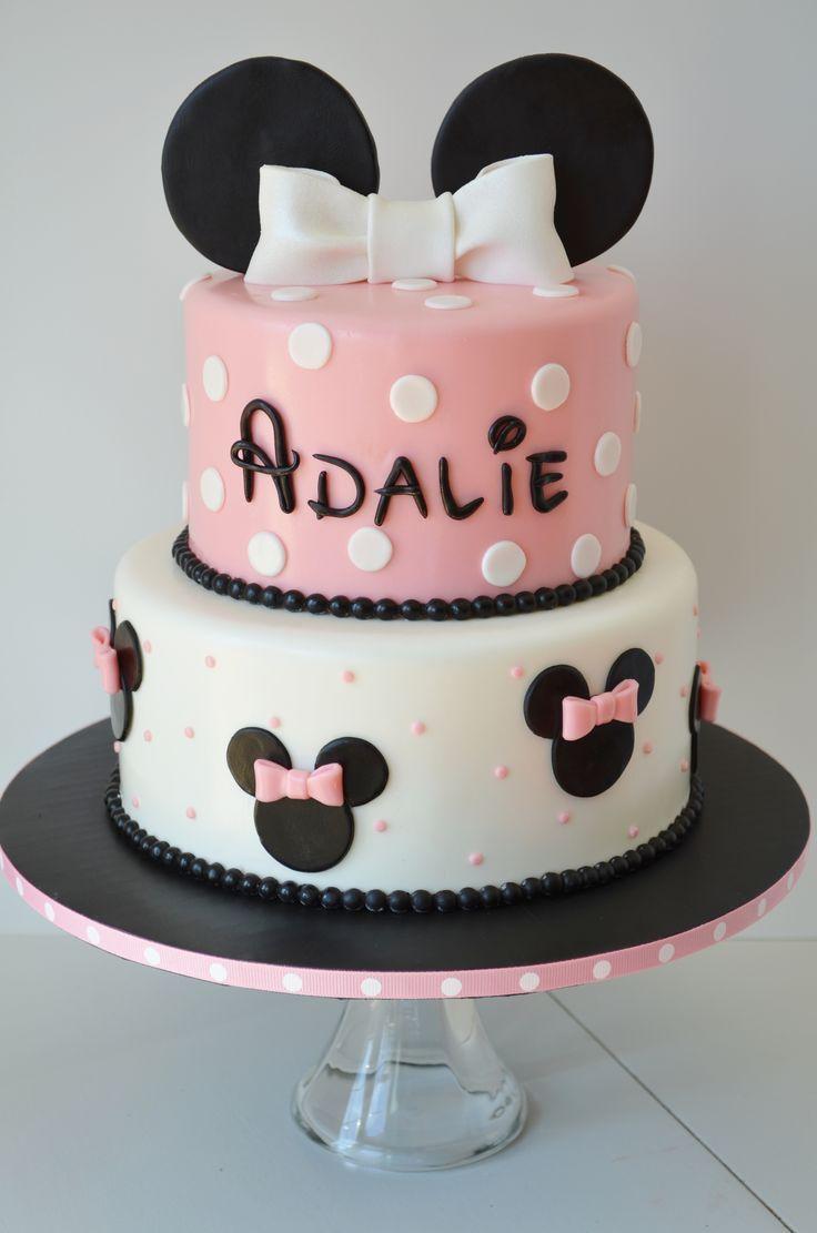 :) Minnie Birthday Cake and Cake Pops - Minnie Cake @Allison Champion | Más en https://lomejordelaweb.es/