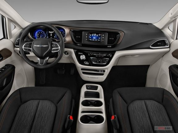 Best 2018 Chrysler Pacifica Interior Chrysler Town And Country