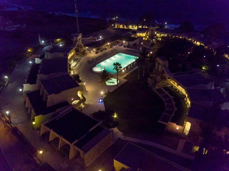 Oasis Praiamar by night