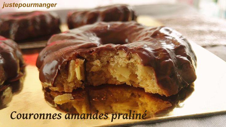 couronnes au bon goût d'amande et nappées de chocolat praliné.
